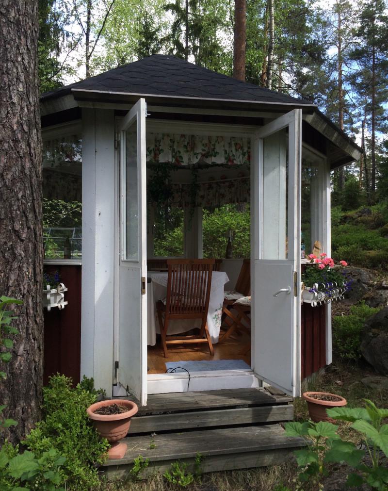 mini-house